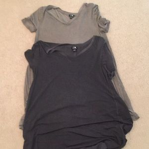 Cable & Gauge, 2 long T-shirt's size Small